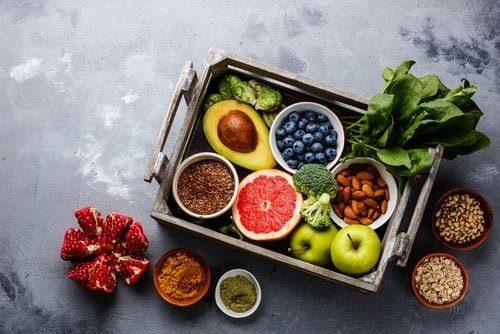 mélange de fruits et légumes riches en antioxydants